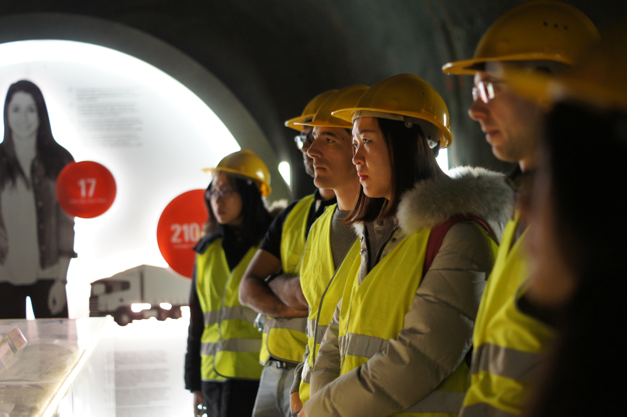 Students in the Gotthard Basistunnel